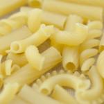 【ショートパスタ・マカロニ】を使ってスープやシチューがメインに!